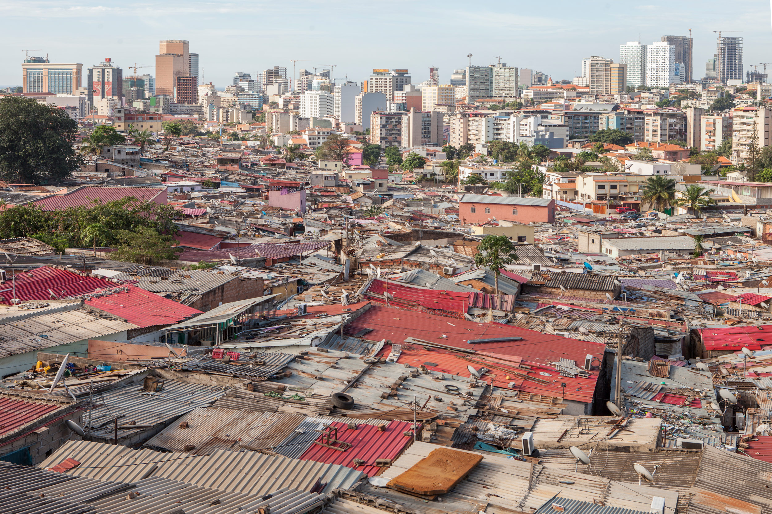 Angola Città e baracche