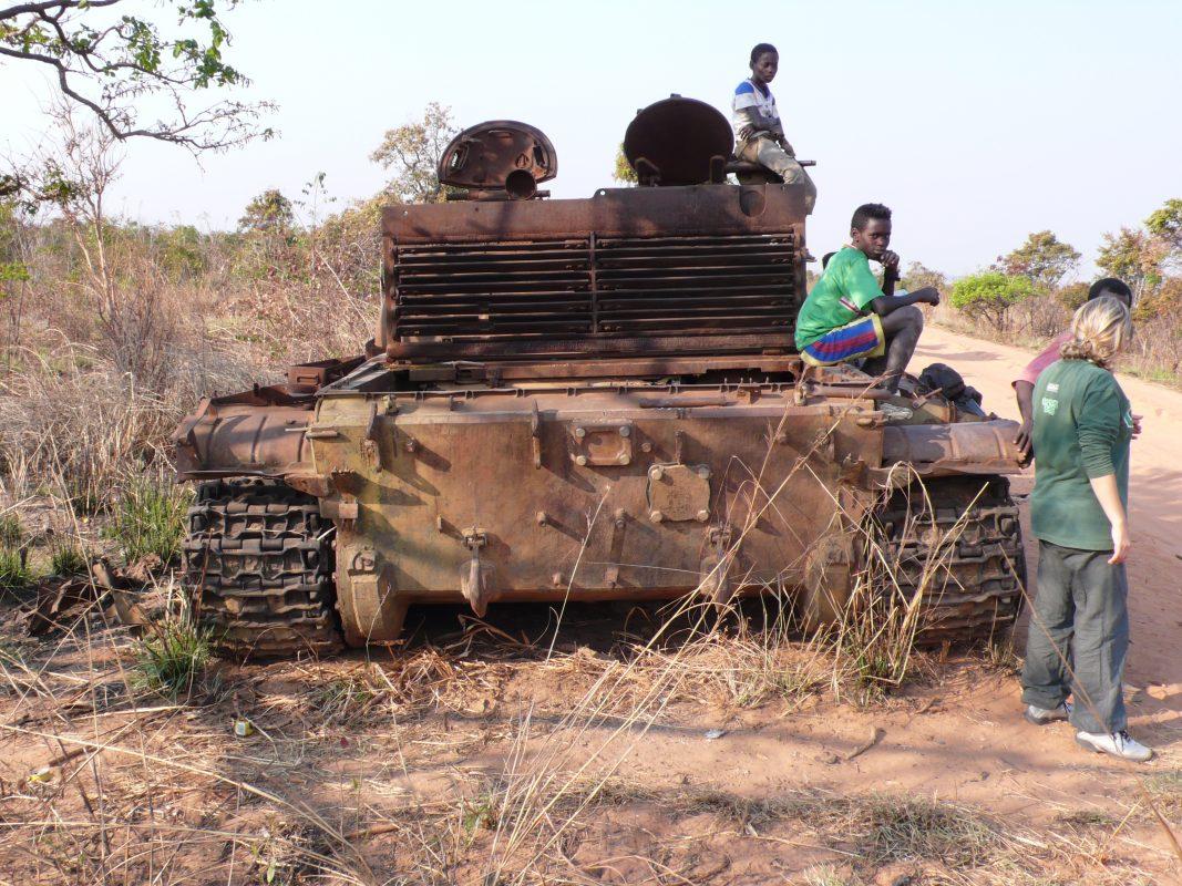 Carro armato Angola
